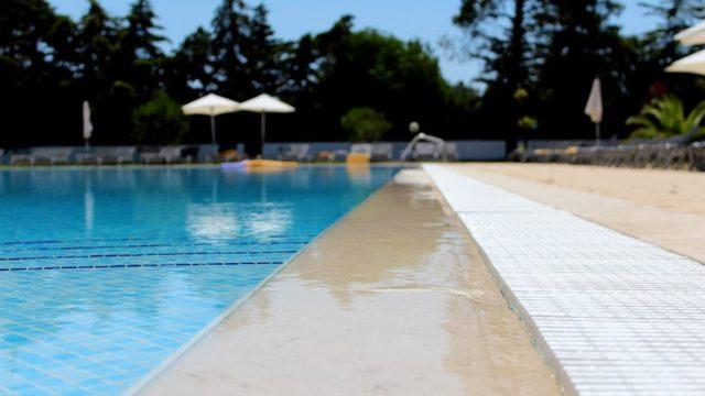 swimmingschool1-min
