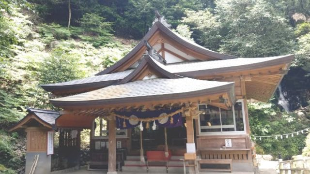 hayakawashrine19-min