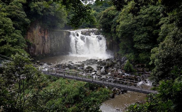 関之尾滝全体