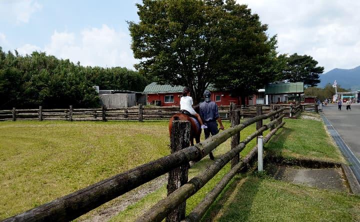 高千穂牧場の乗馬体験後ろ側