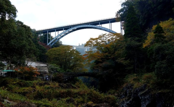 高千穂峡の三橋