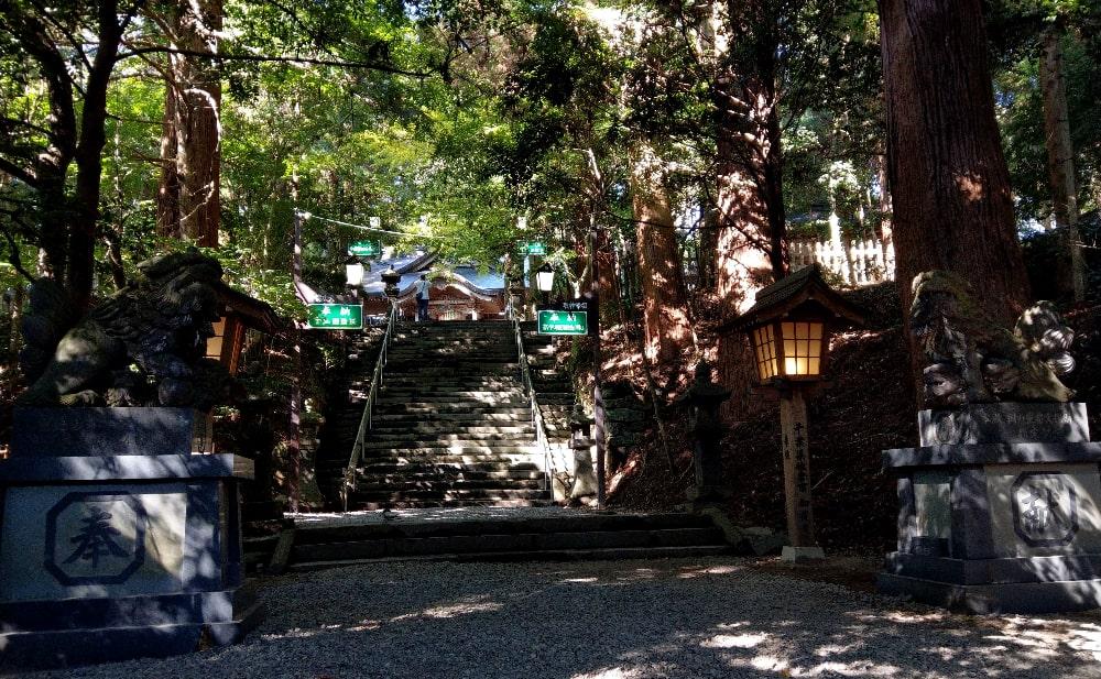 高千穂神社への階段
